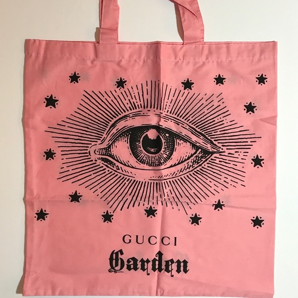 93e88d8a322c84 Gucci Handbags - Gucci Garden Florence Italy EXCLUSIVE Tote Bag ++